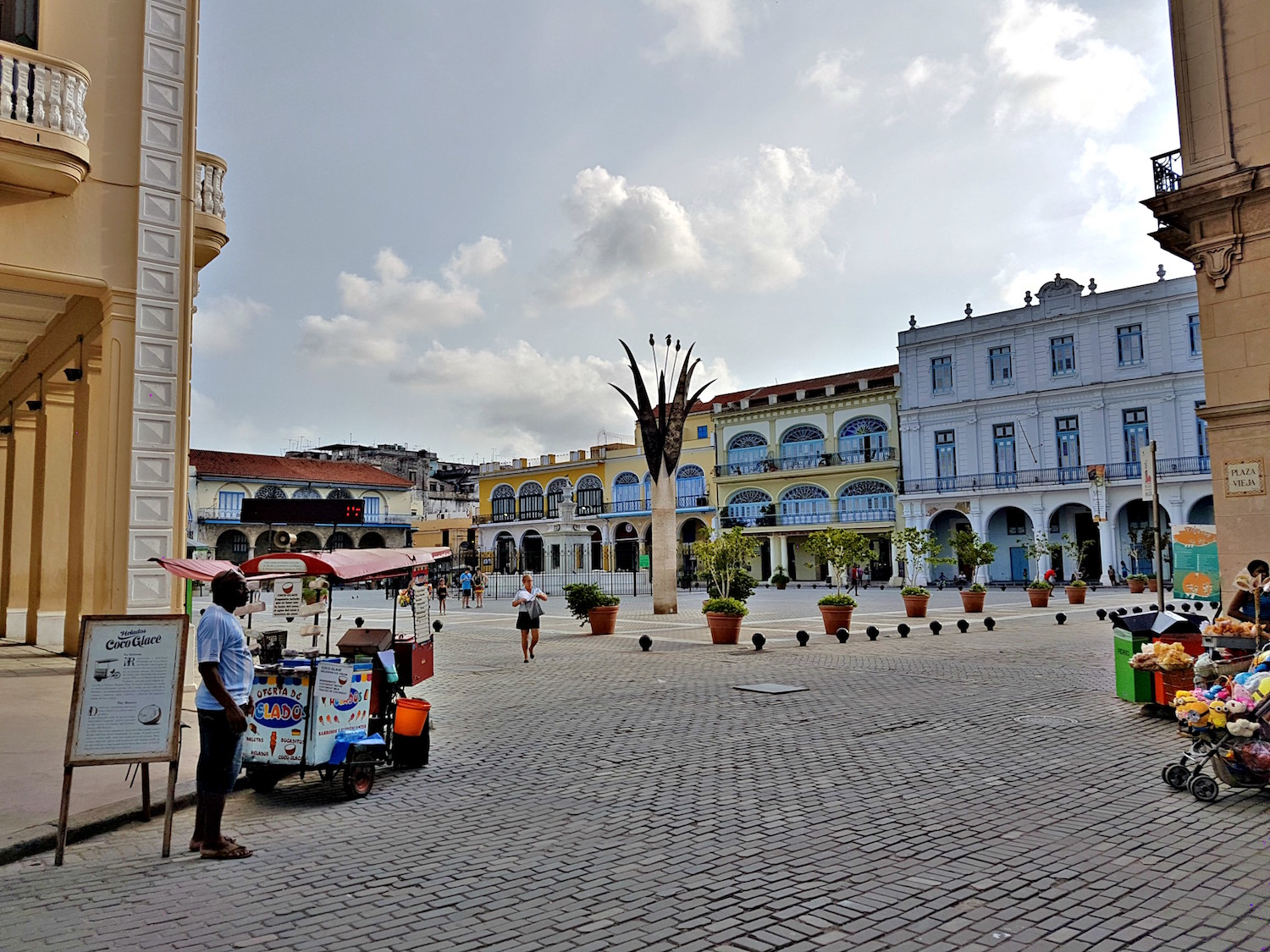 Plaza in Old Havana
