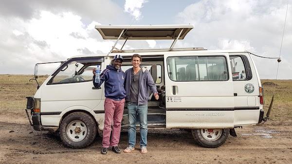 Masai Mara safari - safari guide and vehicle